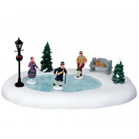 LEMAX SKATING IN THE PARK, SET OF 8