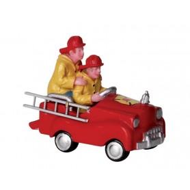 LEMAX PEDAL CAR FIREMEN