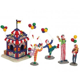 LEMAX CARNIVAL TICKET BOOTH WITH FIGURINES, SET OF 5