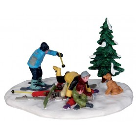 LEMAX SKI PILE-UP
