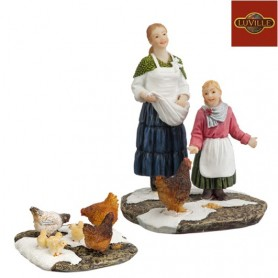 LUVILLE JUUL AND ELLE FEEDING THE CHICKENS SET OF 2